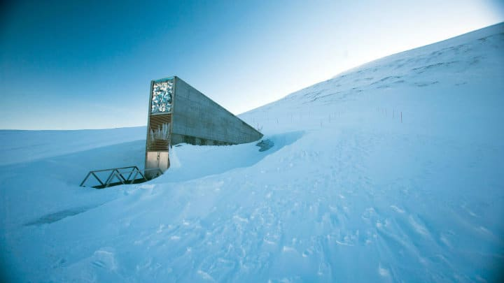 Bóveda del fin del mundo en Svalbar foto archivo