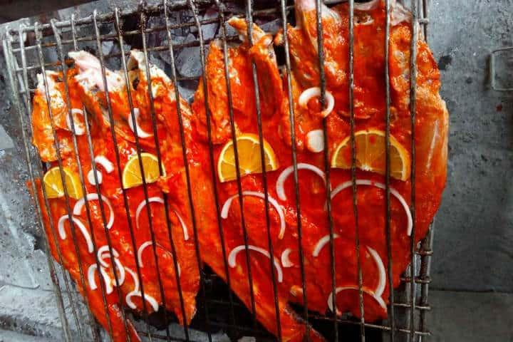 Delicias del mar Pescado a la Talla Foto El Cuatete enamorado