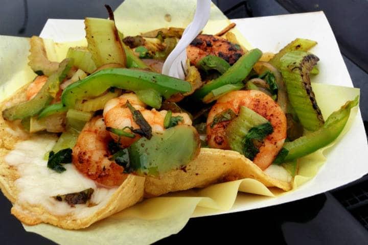 Delicias del mar Tacos gobernador Foto Kirk K