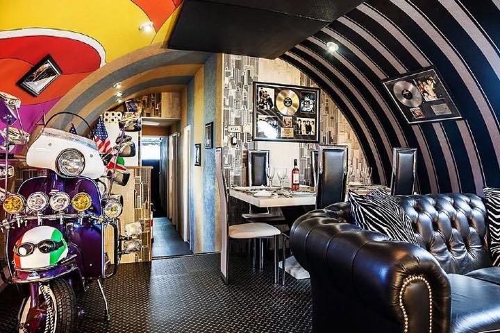 Hotel Yellow Submarine. Foto KAYAK