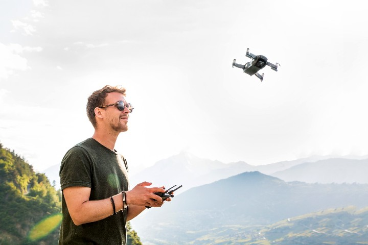 Cómo elegir un drone para viajar. Foto Lukas Bieri