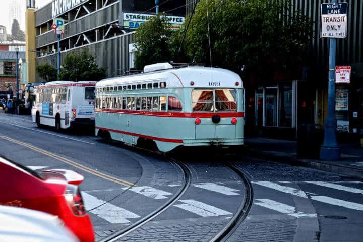 San_Francisco_Transporte_público_Fidel_Enríquez