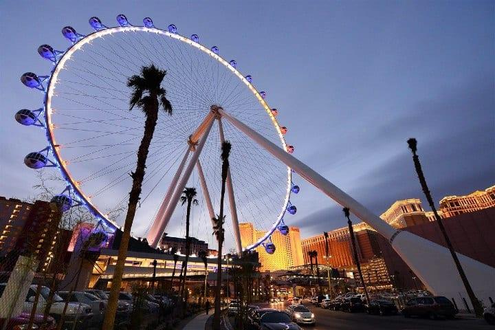 En-una-montaña-rusa-sorprendente-Las-Vegas-en-Familia-Foto-NBC-News-4