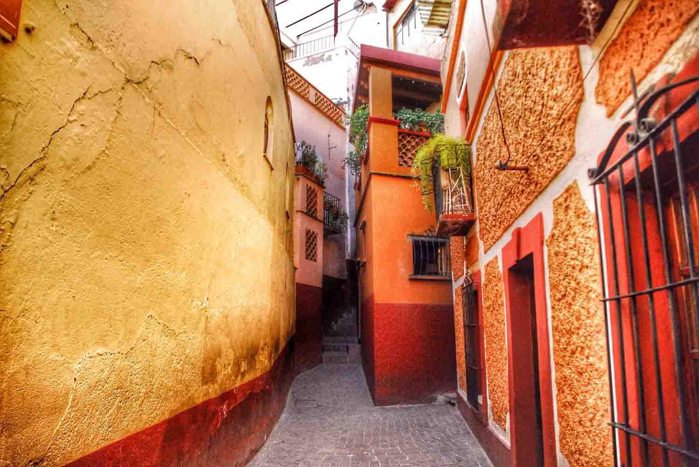 Callejones de leyenda en México | El Souvenir