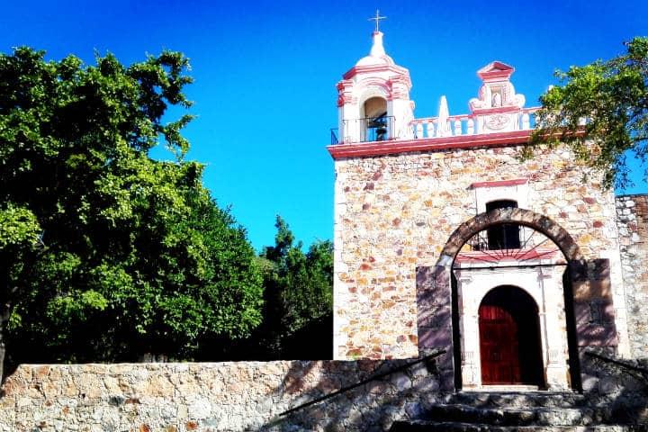Las-parroquias-son-de-arquitectura-maravillosa-Cosalá-Sinaloa-Foto-Luis-Juarez-13