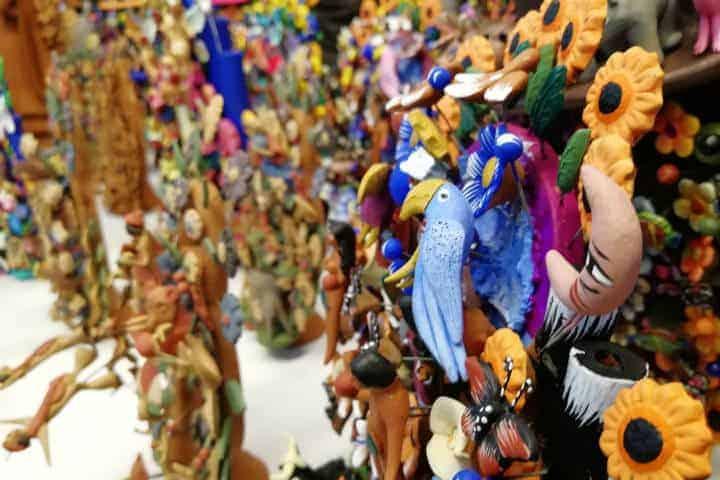 Venta-apoyo-a-los-artesanos-foto-el-souvenir-12