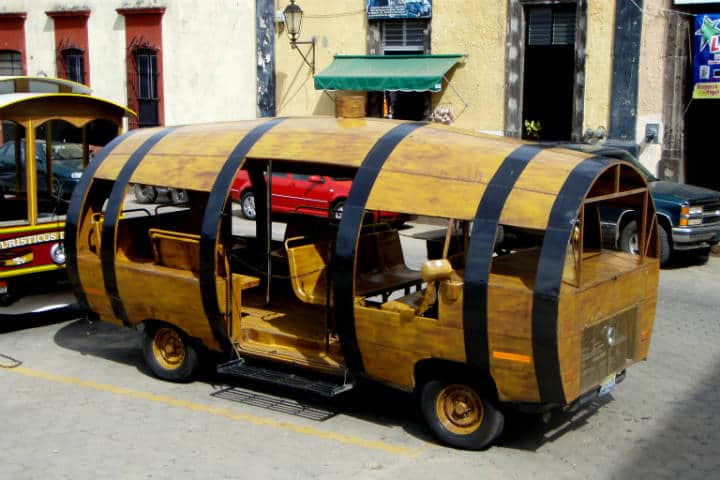 Transportes curiosos Tequila bus Foto SheepRUs