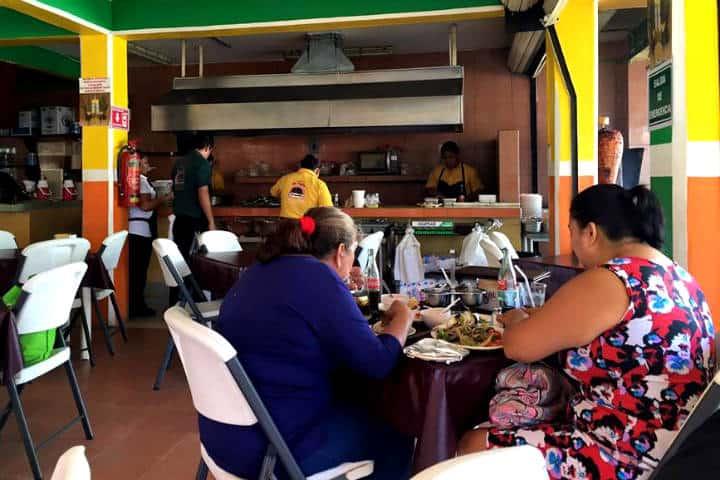 Comer rico y barato en Playa del Carmen El Fogón 4