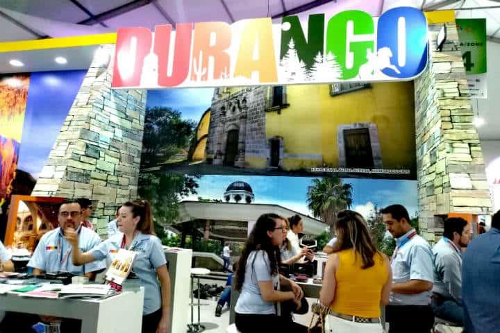 Tianguis Turístico Stand Durango Foto Luis Juárez