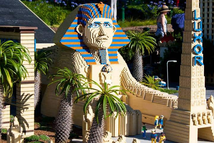 Podcast parques legoland, Esfinge