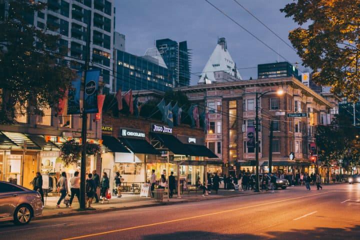 Compras en Vancouver foto Robson Street Business Asosiation