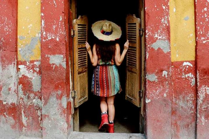 portada Viaje Solteros Cantina El Incendio José Alfredo Foto Alan Sanchez