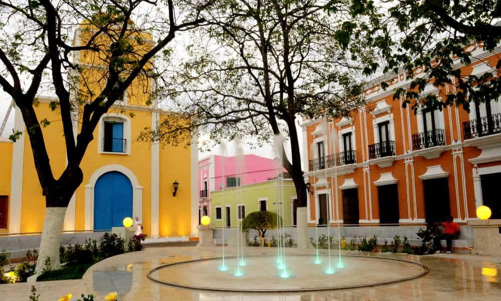 Campeche destino de reuniones Parque Jesus Foto Turismo Campeche
