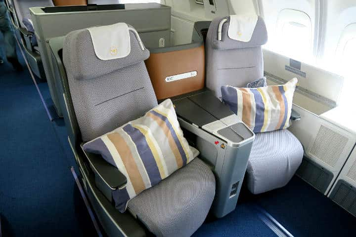 Business Class Lufthansa Foto The Points Guy 4