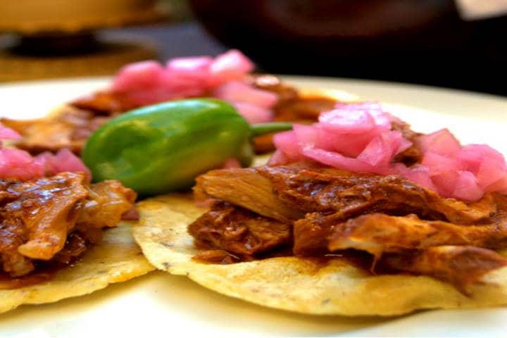Comida Yucateca La Chaya Maya Salbutes y Panuchos