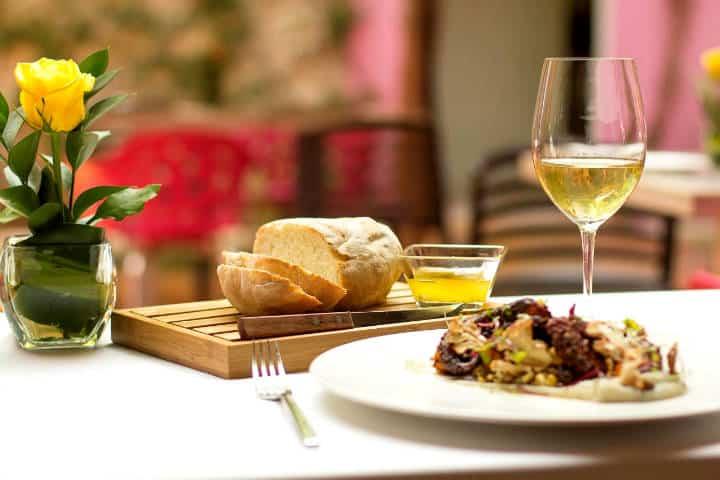 Rosas y Xocolate Hotel y restaurante Foto RyCH 3