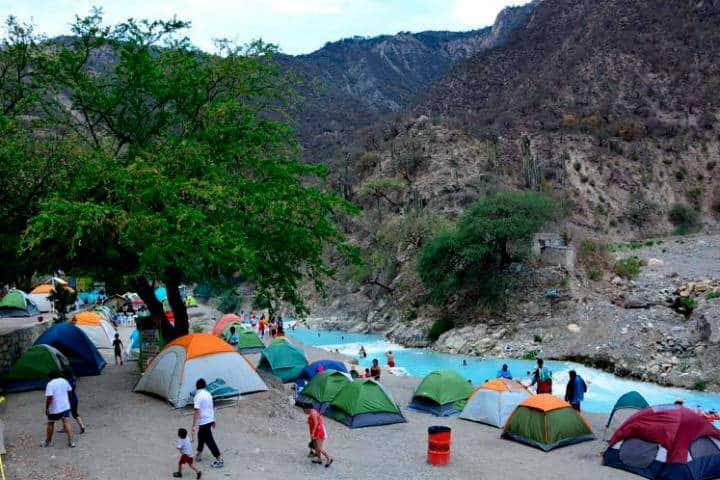 Campamento cerca CDMX Foto Grutas de Tolantongo 5