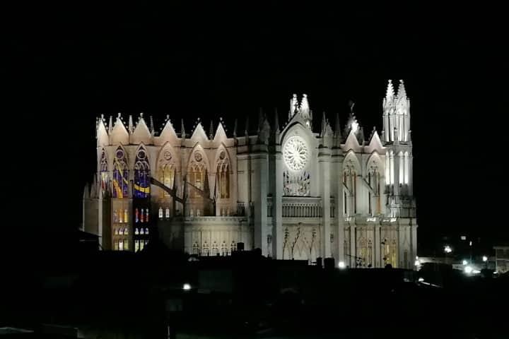 Construcciones lujosas Sagrado Corazón Foto El Souvenir 1