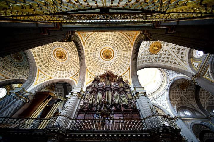 Construcciones lujosas en México Catedral Puebla Foto Larry Jhonson