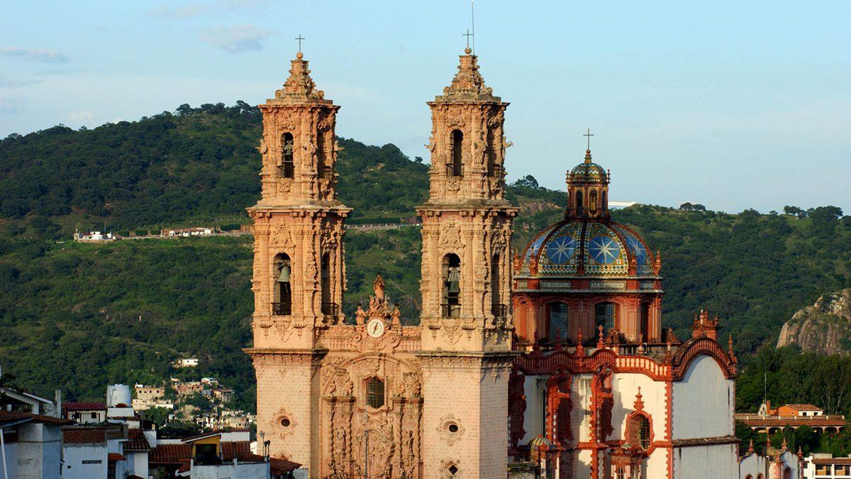 Parroquia Santa Prisca PORTADA.
