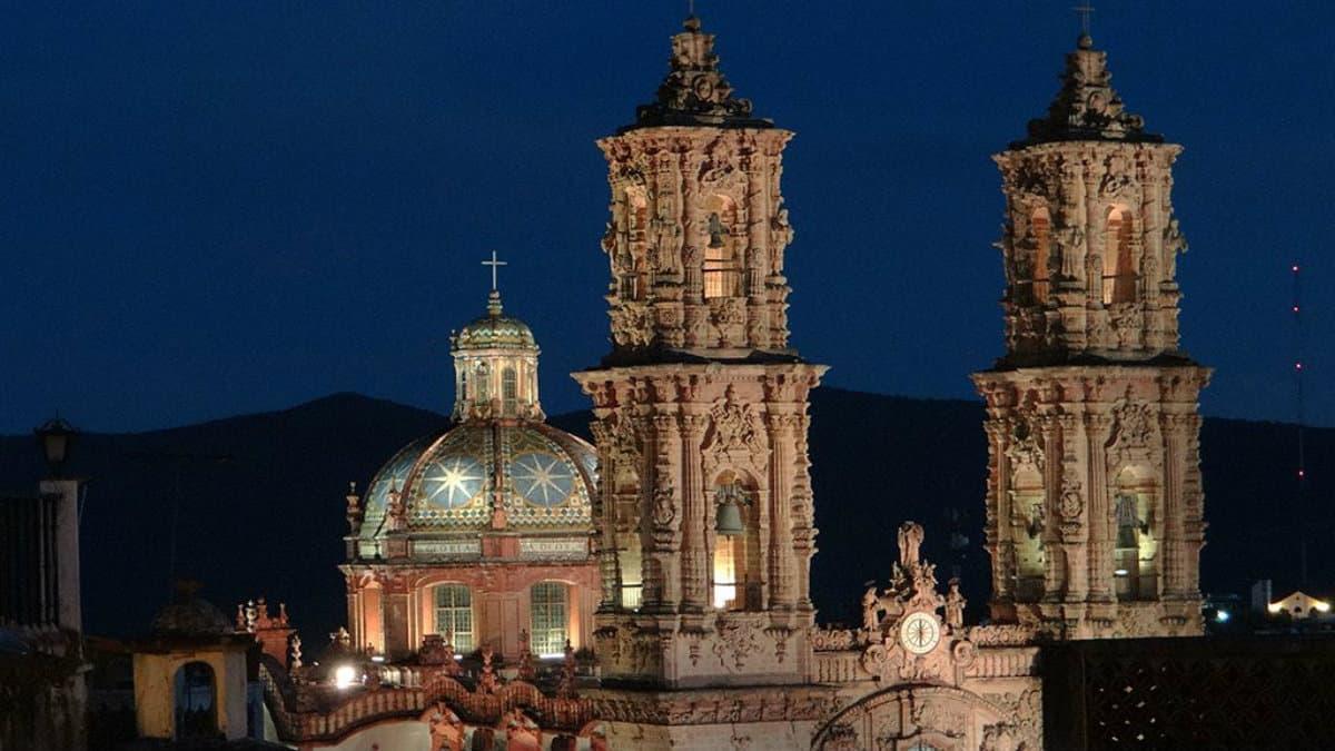 Portada. Curiosidades de la Parroquia Santa Prisca en Taxco. Foto. México Real