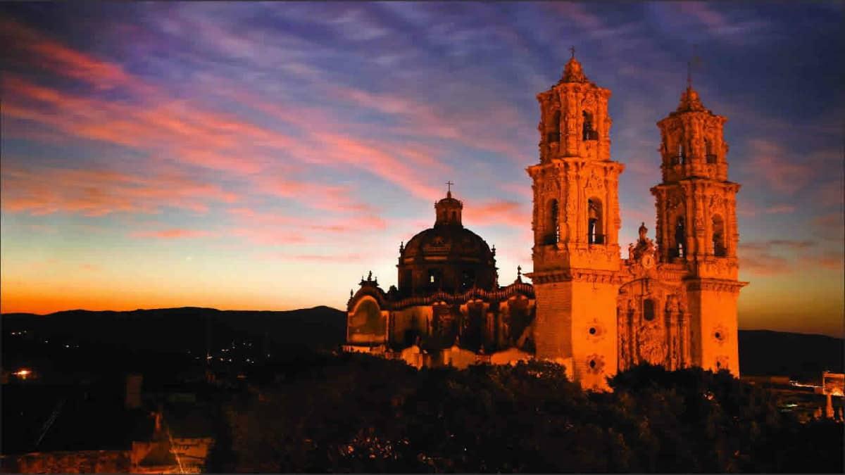 Portada. Ruta del misterio Real de Asientos. Foto. Pueblos Mágicos de México