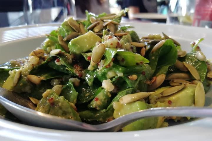 ensalada espinaca baby restaurante nawa