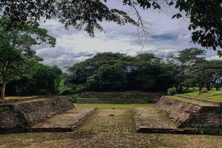 Cancha de juego de pelota. Foto Chiapas al Natural