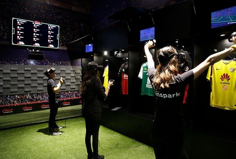 Experiencia VR Soccer Room. Foto: Donde ir