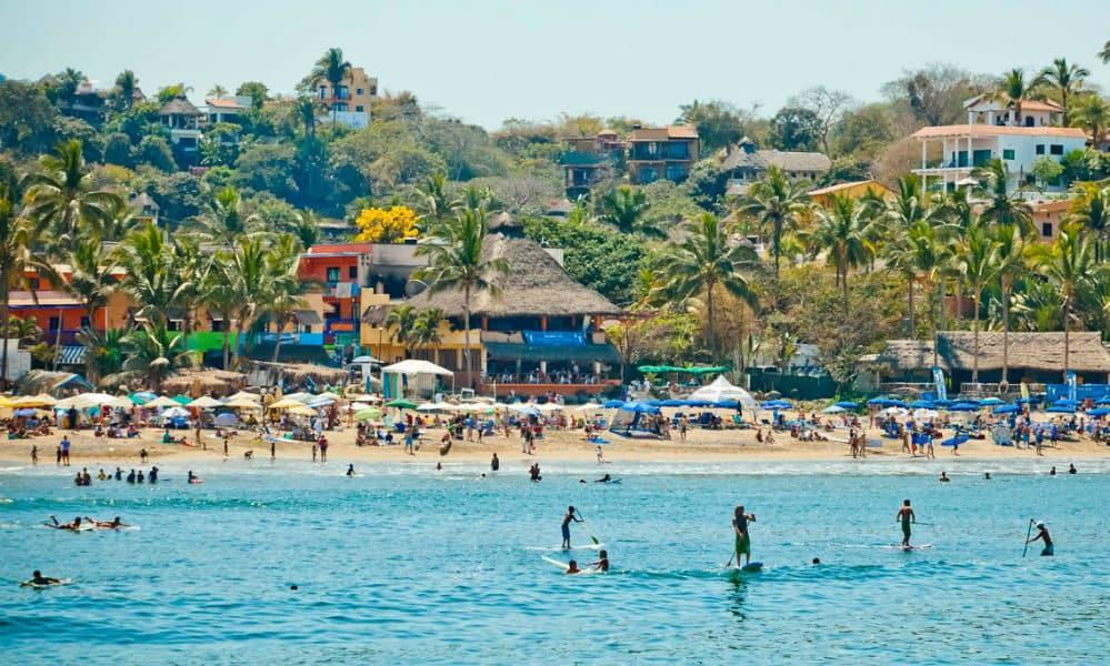 sayulita playa escondida