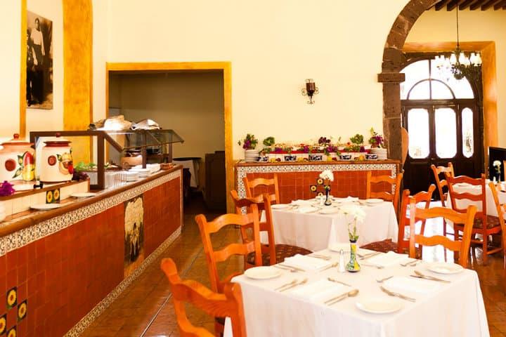 """Restaurante """"Las Adelitas"""". Foto: Hotel Misión La Muralla."""