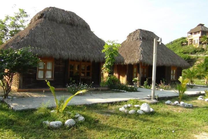 centro ecoturistico ayult maruata