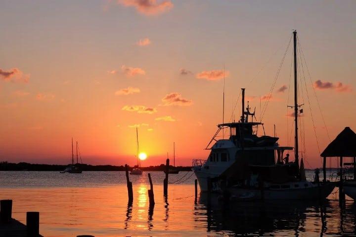 Isla-Mujer-de-colores-Los-11-destinos-más-románticos.-Foto-Un-sueño-viajero-15
