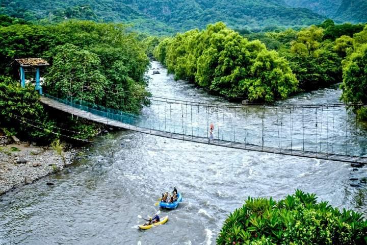 El-río-es-vasto-y-la-vista-es-maravillosa-Foto-Mano-mexicana-3