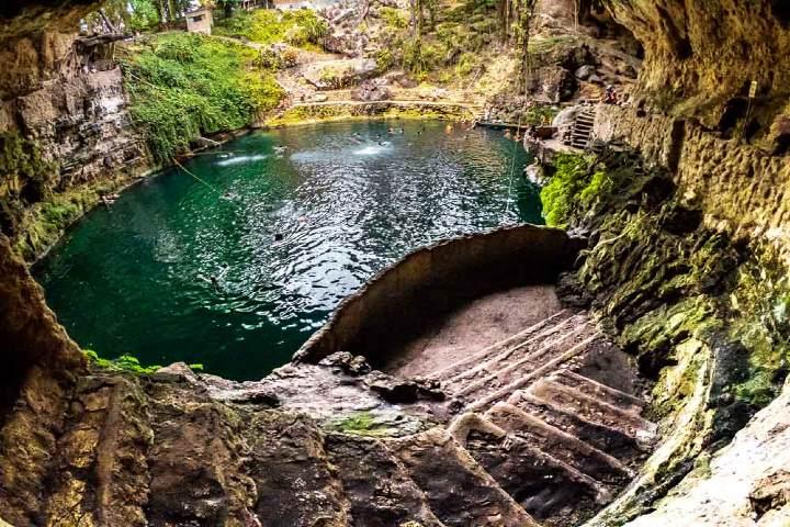 Aguas-azules-contacto-con-la-naturaleza-Foto-Tourism-Teacher-7