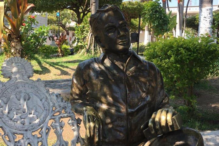 estatua de jual rulfo
