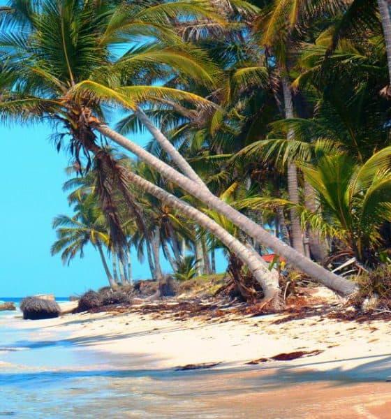 donde hospedarse en costa esmeralda