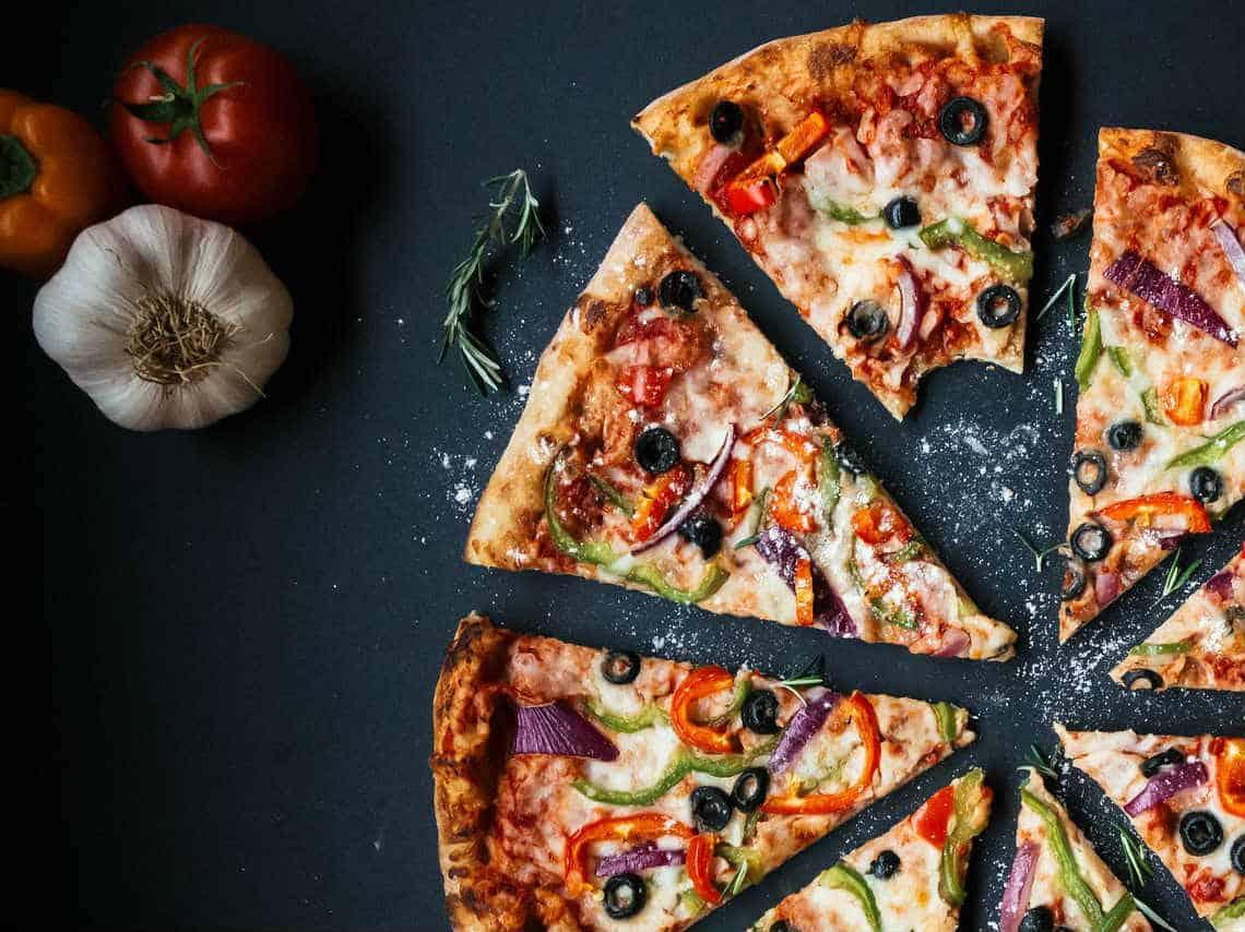 Comer una deliciosa pizza. Foto: Dondeir