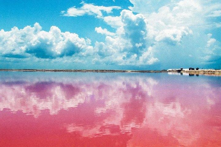 Yucatán-es-la-formula-para-el-amor-eterno.-Foto-Revista-Travesías-1-santa-en-yucatan