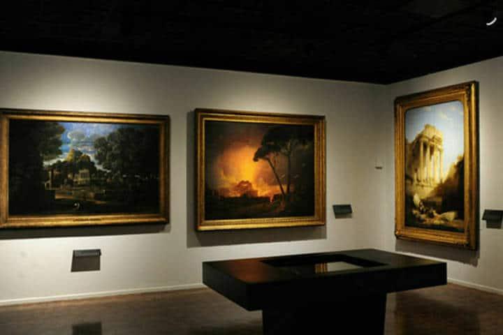 Exposción temporal de coleccionismo inglés. Foto: Mauricio Marat INAH