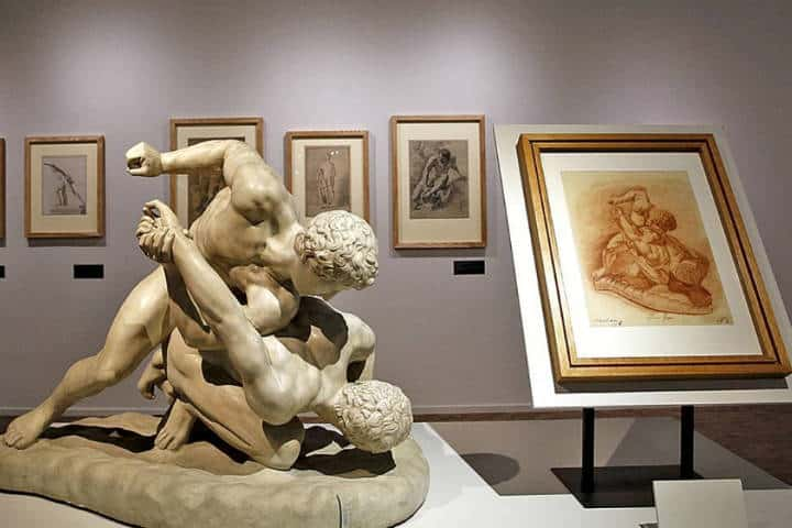 Exposción temporal de coleccionismo inglés. Foto: Raúl García C.