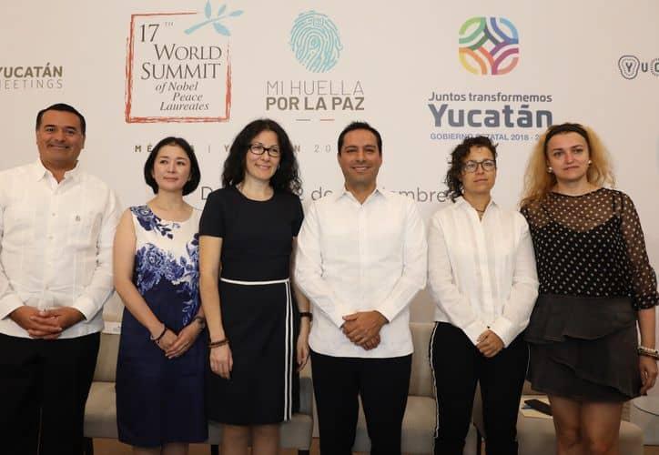 Premios Nobel de La Paz en Yucatan. Foto: Novedades Yucatan