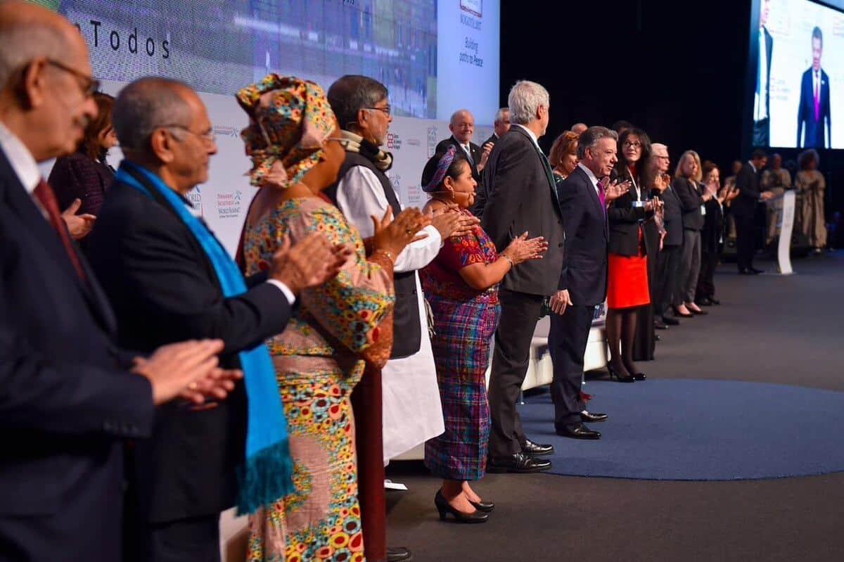 Premios Nobel en Bogotá, Colombia. Foto: Pacifista.tv