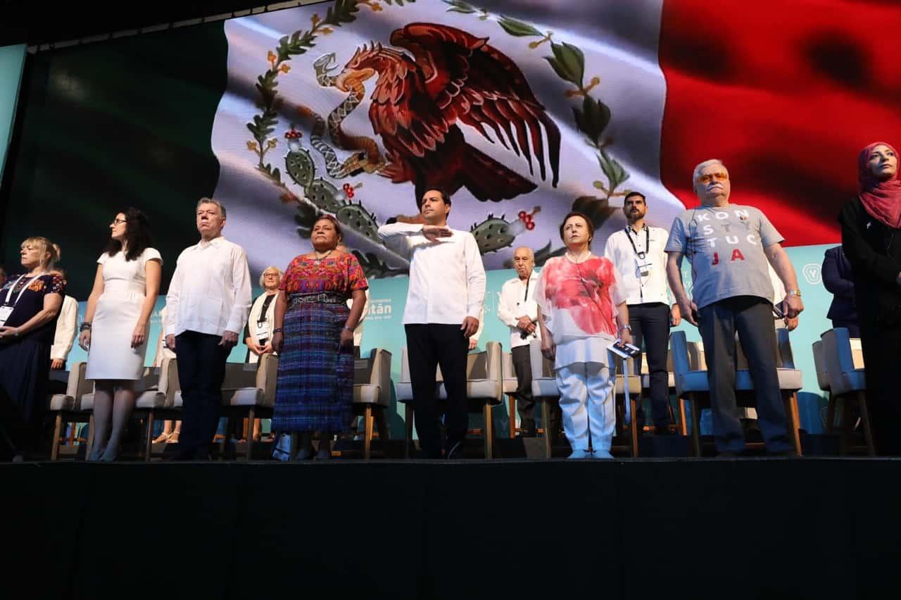 Yucatan, cumbre de los Premios Nobel. Foto: Reporteindigo