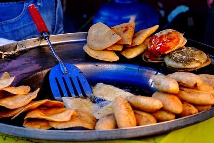 Dónde comer en Mier. Foto insipida