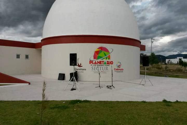 Foto Planetario Dr. José Hernández Moreno