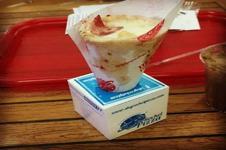 Pizza en cono. Foto Foursquare