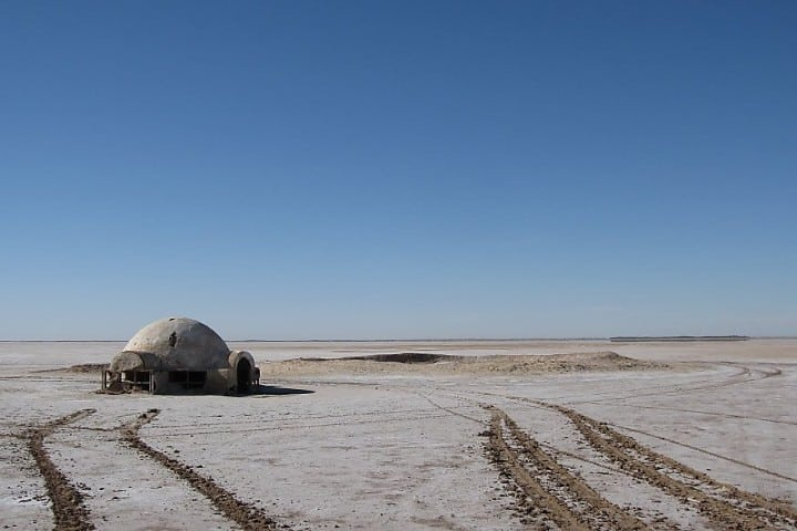El árido ambiente de Chott el Djerid sirvió como escenario para una de las mejores cintas de la historia Foto: Sygic Travel
