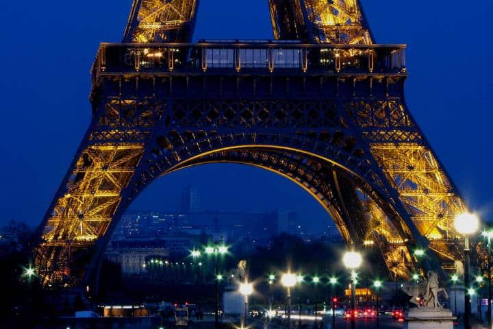Rooftopping en Torre Eiffel Foto Derek D