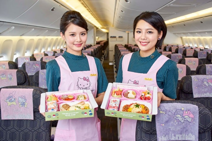 eva air aerolínea de hello kitty 2